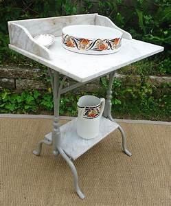 Teillere En Fonte : table de toilette ancienne en fonte laqu gris et marbre blanc vein gris ~ Teatrodelosmanantiales.com Idées de Décoration