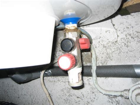 montage ballon eau chaude ballon d eau chaude en fuite le guide belmard