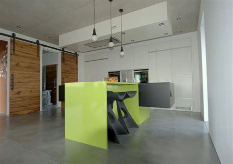 cuisine design avec ilot cuisine design avec ilot suspendu miwweltrend