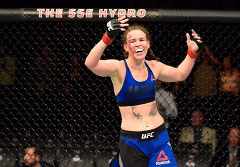 leslie smith sees   opportunities  fighters  bellator