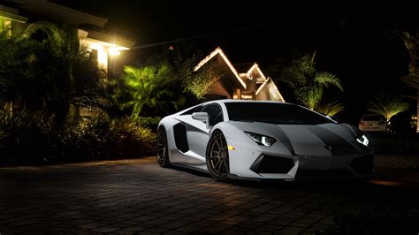 Lamborghini Super Sports Car Wallpapers