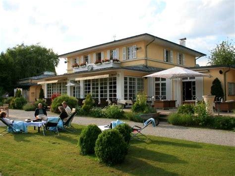 Tennisclub Am Englischen Garten In München Mieten