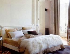 Plaid Blanc Fourrure : plaid en fourrure d 39 agneau de mongolie ~ Teatrodelosmanantiales.com Idées de Décoration