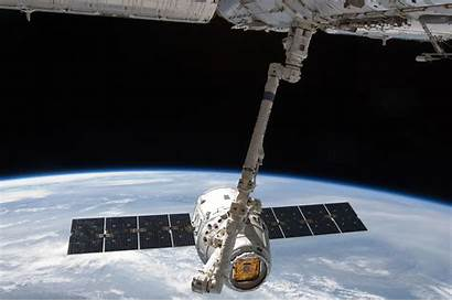 Spacex Dragon Space Capsule Nasa Spacecraft International