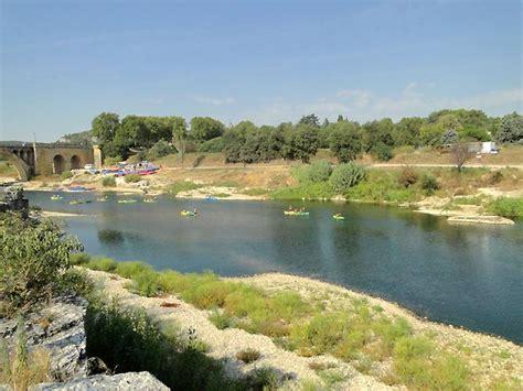 chambres d hotes drome avec piscine photo rivière au de collias