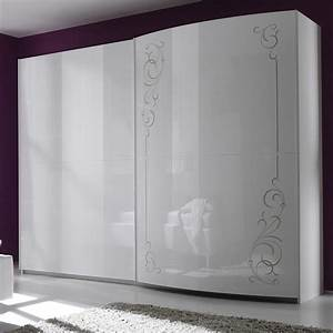 Armoire Laquee