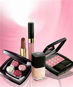 Chanel 2007 Holiday Makeup Collection