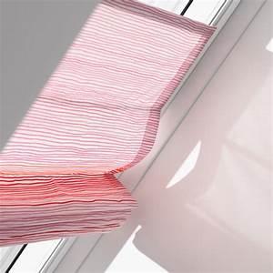 Raffrollo Für Dachfenster : vielseitiger sonnenschutz f r dachfenster energie fachberater ~ Whattoseeinmadrid.com Haus und Dekorationen