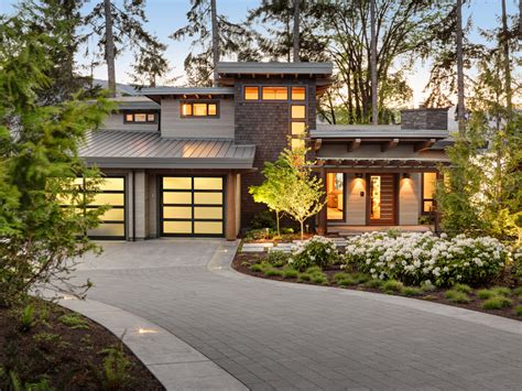 Canada's Finest West Coast Homes Showcased At 2015 Care Awards
