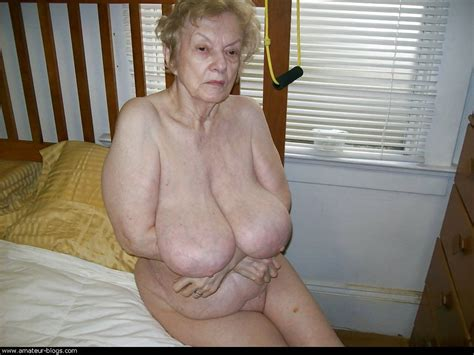 Wet And Sexy Moms Old Mature Granny Fat Hairy Housewives