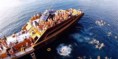 Yacht Party Bali by Bali Boat Party Jiggy Boat On Bali Ocean Party Schedule