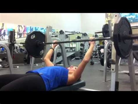 Girl Bench Press 135 Lbs Youtube