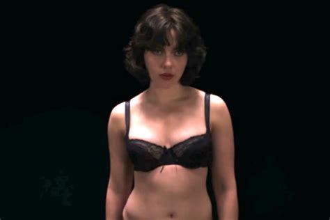 Scarlett Johansson desnuda y ardiente como la actriz más