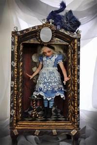 598 best A travers le miroir ,Alice images on Pinterest ...