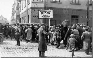 Image result for Nazis closed off the Jewish ghetto in Warsaw, Poland.