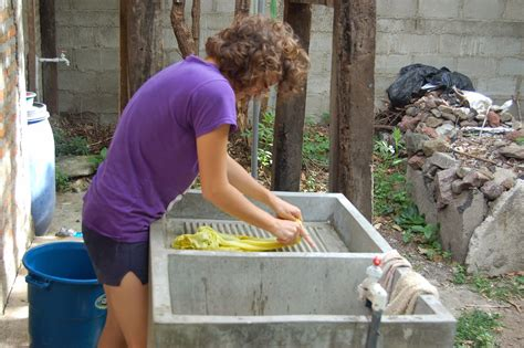 how do you hand wash clothes in a sink footnotes how to hand wash your clothes nicaraguan style