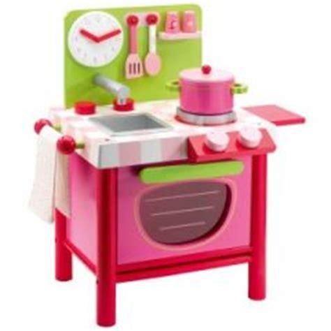cuisine en bois jouet pas cher cuisine enfant jouet