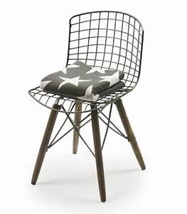 Chaise Fer Forgé Et Bois : chaise design fil de fer et pieds en bois ~ Dailycaller-alerts.com Idées de Décoration