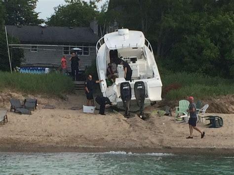 Crash Boat Location by Blackburnnews Boat Crashes Into Shore Near Canatara