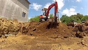 Terrassement avec mini pelle kubota 2t5 youtube for Location mini pelle mini pelle terrassement