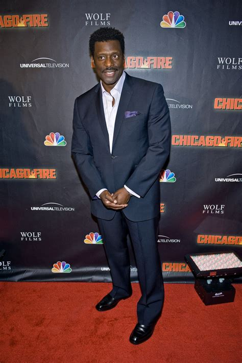 eamonn walker chicago fire nbc zimbio arrivals premiere