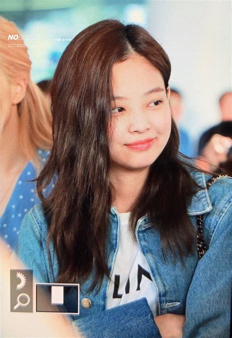 times blackpinks jennie showed   flawless  makeup bare face koreaboo