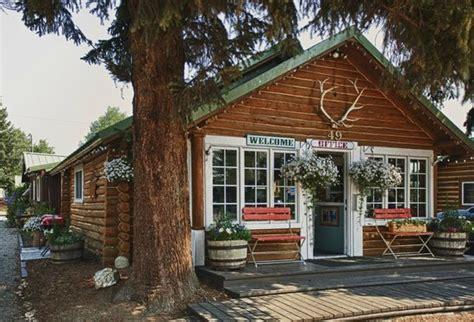 log cabin inn the log cabin motel pinedale wyoming inn reviews