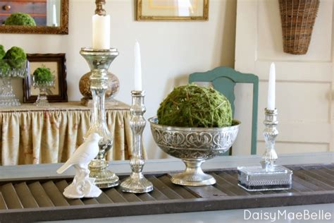 january table decorations after christmas decorations are down in the dining room daisymaebelle daisymaebelle