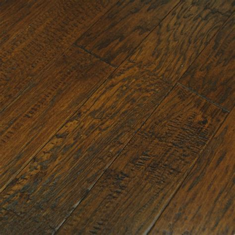 » What is Handscraped Hardwood Flooring?The Floors To Your