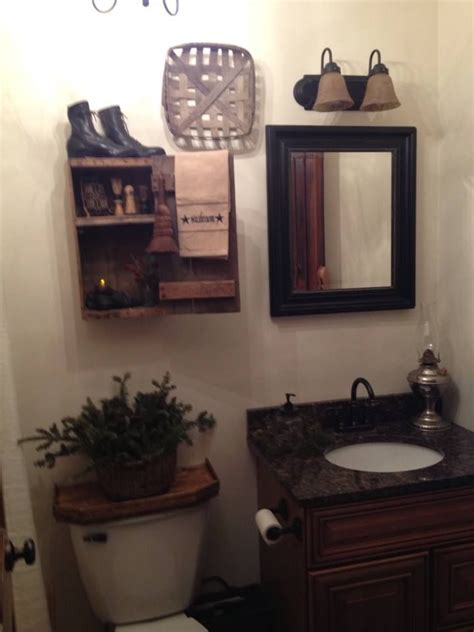 Primitive Decorated Bathroom Pictures by 25 Best Ideas About Primitive Bathrooms On