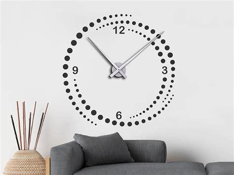 Wandtattoo Uhr Kinderzimmer by Wandtattoo Uhr Zeitwirbel Punkte Kreise Wanduhr