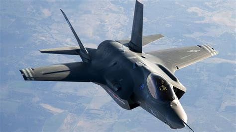 Download Free Amazing  Fighter Jet Plane Wallpapers