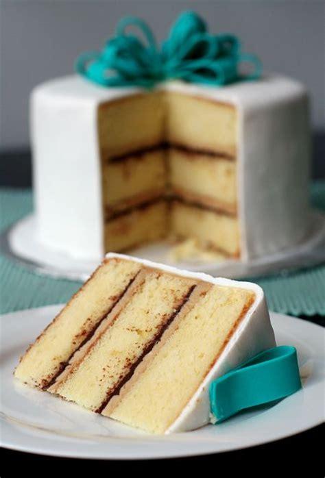 vanilla cake  tiramisu buttercream  ganache filling