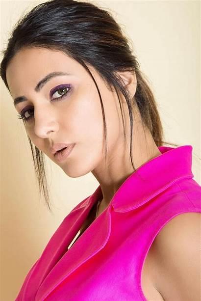 Hina Khan Mobile Wallpapers 1080p