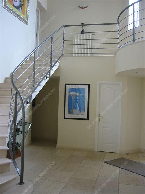 Rampes D'escalier En Fer Forgé Design Fonctionnel
