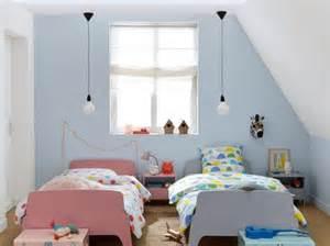 Idee Deco Chambre Ado Mansardee by D 233 Corer Une Chambre D Enfant Mansard 233 E Joli Place