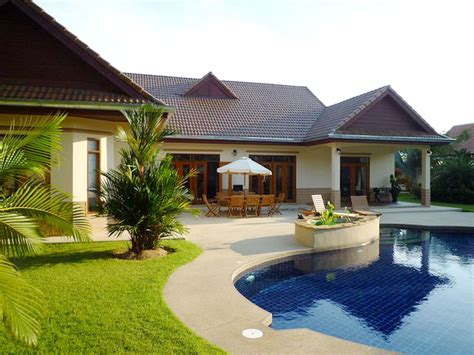 4 Bedroom House For Sale In Nongplalai Pattaya