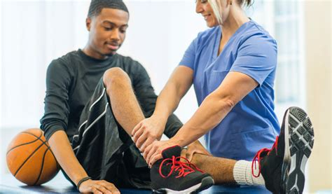 A sports medicine specialist is an individual with specialized education and training who focuses on the medical and therapeutic aspects of sports participation and physical activity. Sports Medicine Degree Alabama   Wallace State Community ...