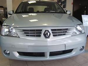 2008 Renault Logan Photos