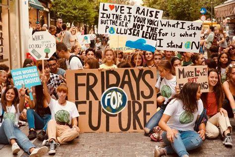 The world is waking up. Fridays For Future: Στους δρόμους σήμερα οι Χανιώτες ...