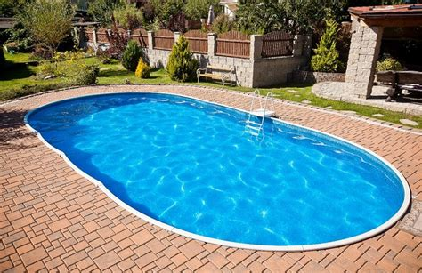 Swimmingpool Luxus Im Eigenen Garten by Swimmingpool Im Eigenen Garten So Gelingt Der Traum Pool