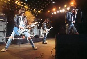 The Ramones Live | www.pixshark.com - Images Galleries ...