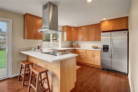 durable affordable  contemporary  pecan maple shaker cabinets  great  homeowners