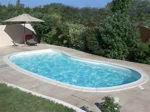 Piscine Enterrée Coque : piscine coque polyester ovation piscine haricot ~ Melissatoandfro.com Idées de Décoration