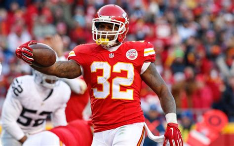 7 nfl fanduel bargains for week 1 spencer ware rb