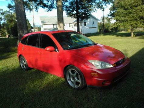 purchase   ford focus svt hatchback  door