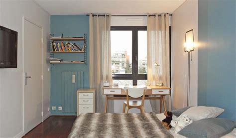 chambre avec mur en dressing moderne chambre des parent dressing ouvert ide