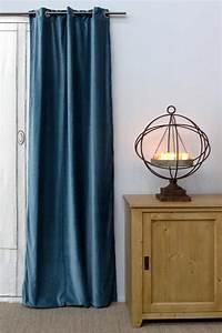 Rideaux Velours Bleu : deco rideau bleu ~ Teatrodelosmanantiales.com Idées de Décoration