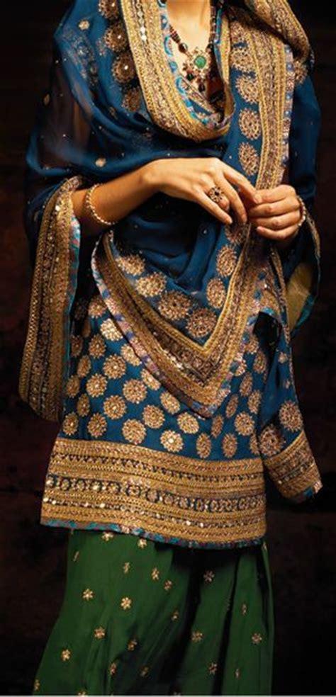 sharara dupatta draping 10 new dupatta draping styles for salwar suit lehenga