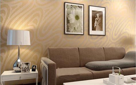 desain wallpaper dinding ruang tamu minimalis terbaru